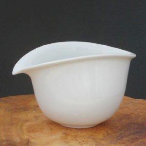 流線造型白瓷茶海