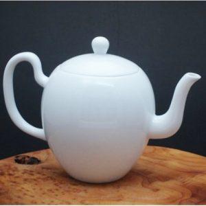 小龍蛋造型白瓷壺