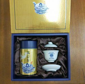 客製茶葉搭配蓋杯禮盒